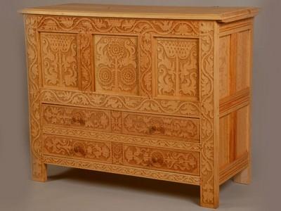 Антикварная мебель из шпона