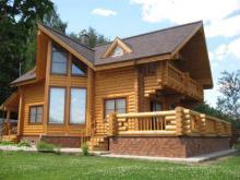 Основные преимущества строительства дома из сруба под ключ